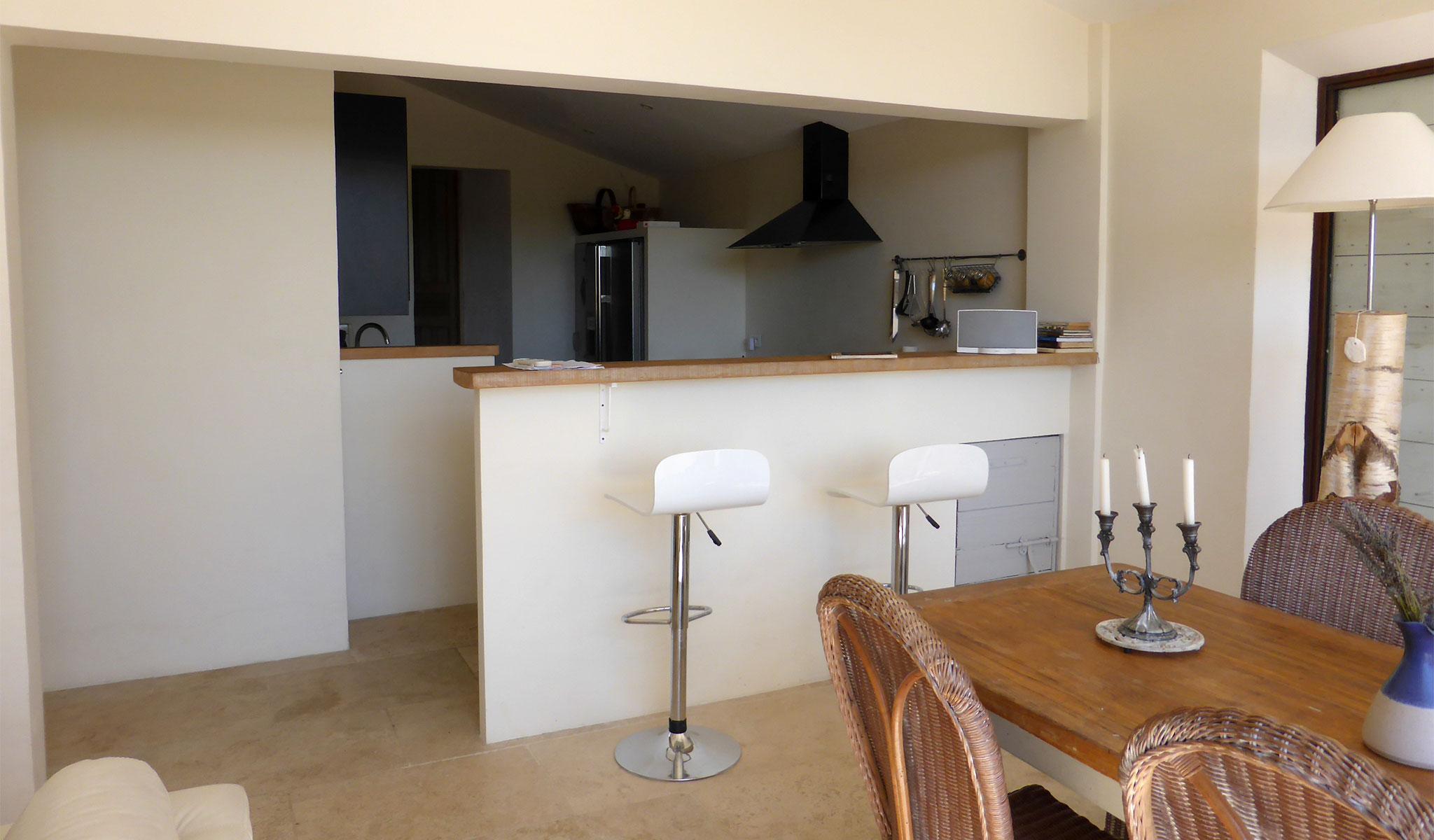 La Maison de Lune dining room/kitchen
